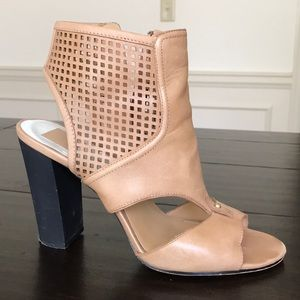 Dolce vita tan ankle boot sandals